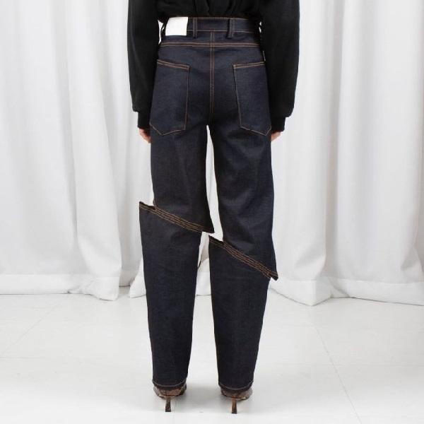 Jeans costuras desiguales